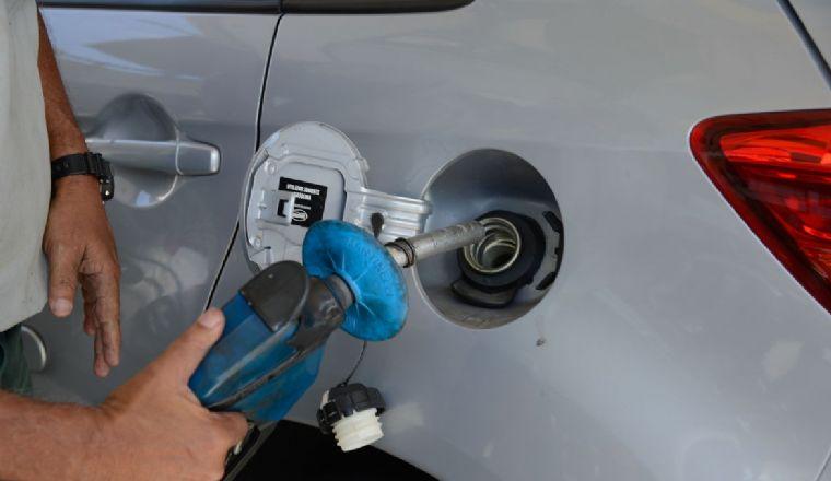Petrobras anuncia reajuste nas refinarias de 4,8% na gasolina e 5% no diesel (Crédito: Tomáz Silva/Agência Brasil)