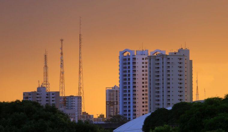 Calor segue em Mato Grosso e temperaturas podem chegar aos 45° (Crédito: Reprodução)