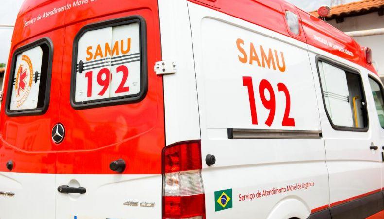 Acidente entre carro e carretas deixa quatro pessoas feridas na BR-163 (Crédito: Reprodução)